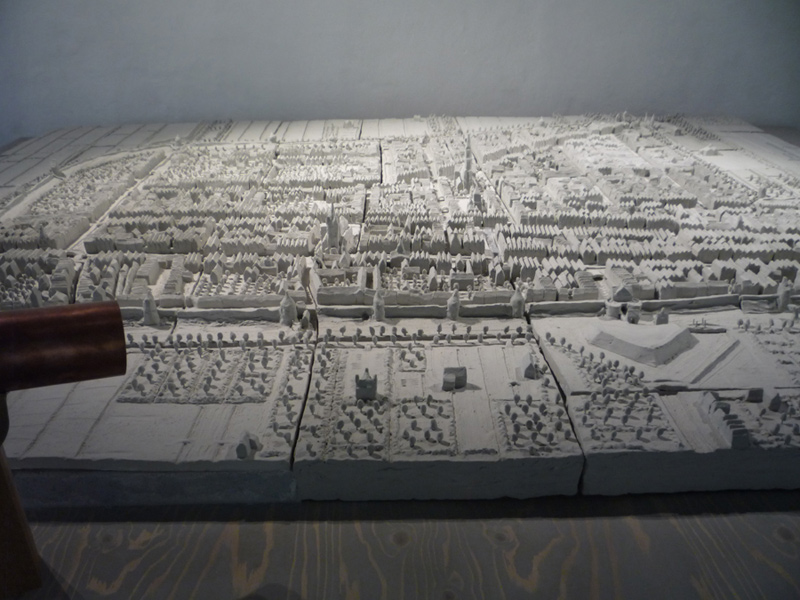 Delft maquette Anno Domini 1649, west of the city centre, Waterslootse poort city gate