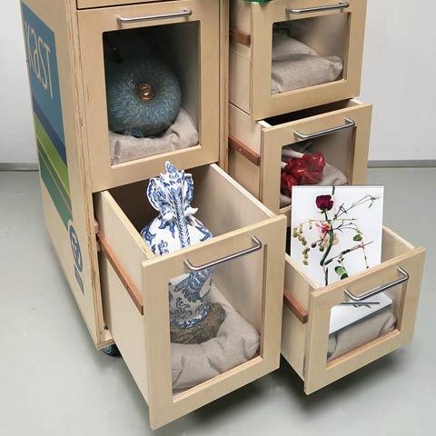 Kunstkast: The Makara and Ikuchi vases